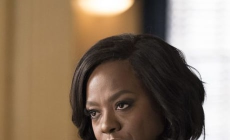 Second Chair - Tall - How to Get Away with Murder Season 5 Episode 5