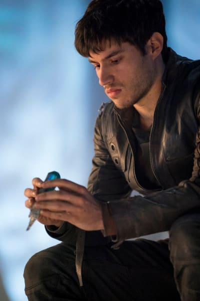 Seg and the Sunstone - Krypton Season 1 Episode 9