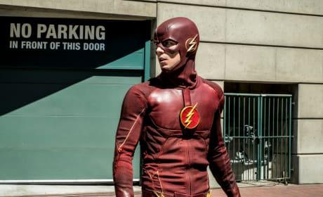 Not Impressed - The Flash Season 5 Episode 1