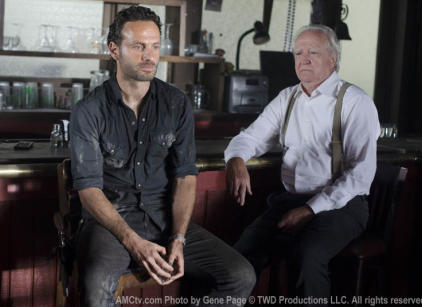 Watch The Walking Dead Season 2 Episode 8 Online