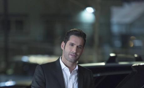 Calm Down - Lucifer Season 2 Episode 15