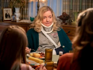Staying With the Coopers - Young Sheldon
