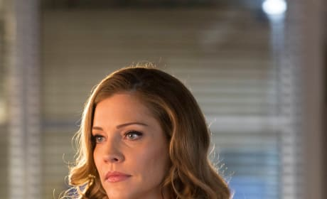 Charlotte on the Case - Lucifer Season 2 Episode 17