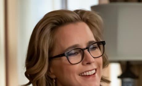 Smiling Elizabeth - Madam Secretary Season 5 Episode 18