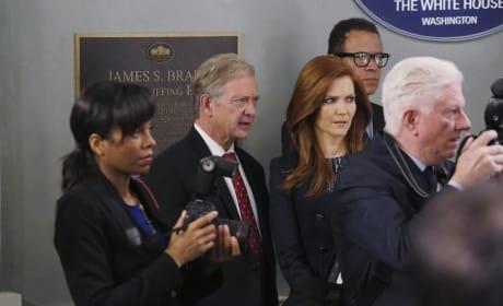 Preparing For a Press Conference - Scandal Season 4 Episode 11