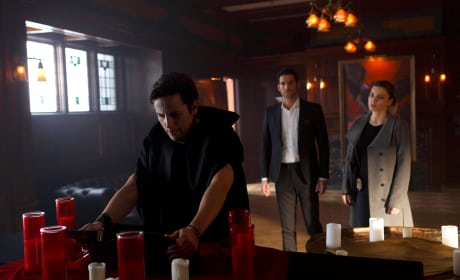 Nothing here - Lucifer Season 1 Episode 12