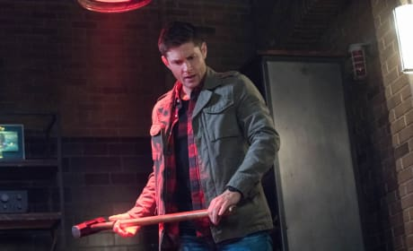 Dean Tries To Destroy The TV - Supernatural Season 13 Episode 16