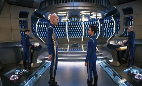Together Again - Star Trek: Discovery Season 2 Episode 1
