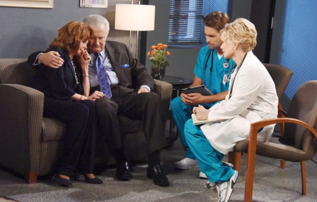 Maggie Faces a Horrible Decision - Days of Our Lives
