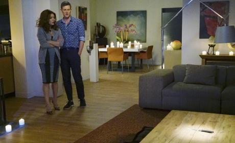 A Strange Wedding Present - Revenge Season 4 Episode 14