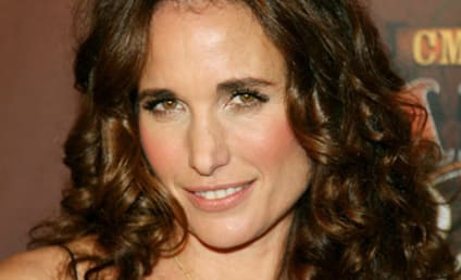 Andie MacDowell and Rosa Blasi Join Cast of Lone Star