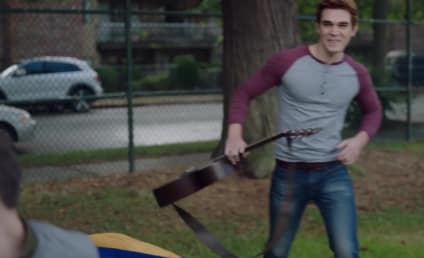 Riverdale Season 2 Teaser: Will Fred Die?