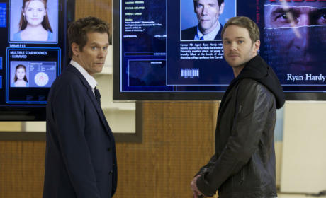Kevin Bacon on The Following