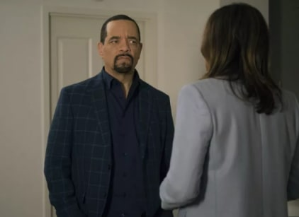 Watch Law & Order: SVU Season 20 Episode 6 Online