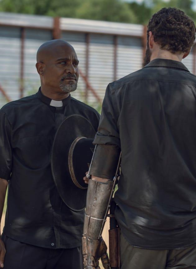 Lending A Hand The Walking Dead Season 9 Episode 6 Tv