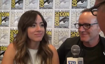 Agents of S.H.I.E.L.D. Stars Scoop Season 3, Sing TV Fanatic Theme Song