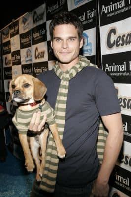 Greg Rikaart, Puppy