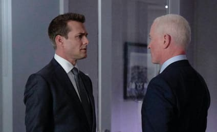 Watch Suits Online: Season 8 Episode 13