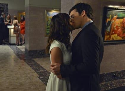 Watch Pretty Little Liars Season 3 Episode 8 Online