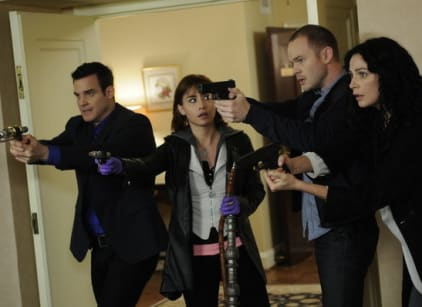 Watch Warehouse 13 Season 4 Episode 6 Online