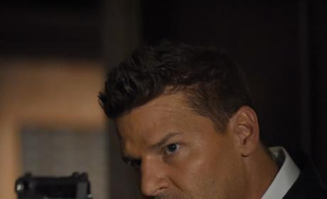 Booth Searches For Brennan - Bones Season 12 Episode 1