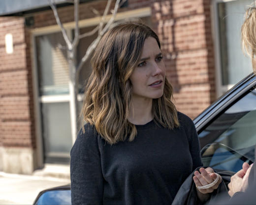 A Gift from Bunny - Chicago PD Season 4 Episode 22