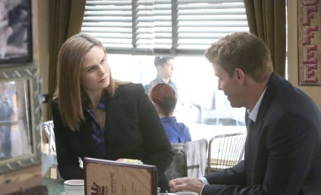 Brennan and Booth Discuss Their Current Case - Bones Season 10 Episode 7