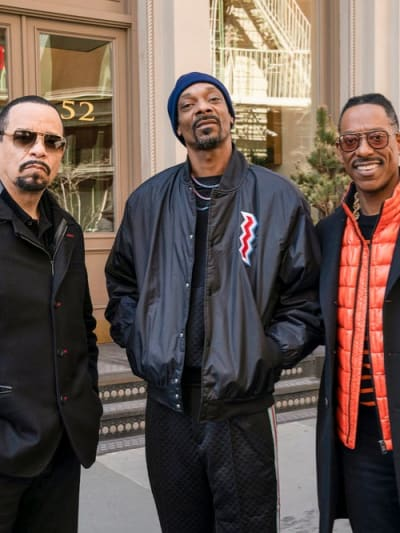 Fin With His Friends - Law & Order: SVU Season 20 Episode 22