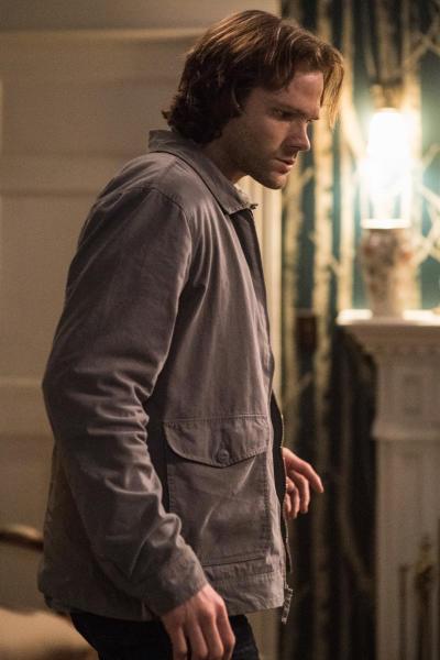Sam keeps looking at the ground - Supernatural Season 12 Episode 20