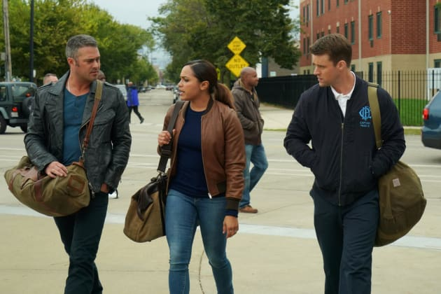 Working Together - Chicago Fire Season 6 Episode 8