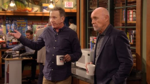 Office Talk - Last Man Standing Season 7 Episode 1