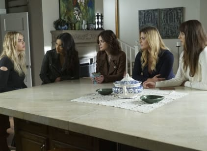 Watch Pretty Little Liars Season 7 Episode 10 Online