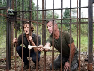 Locked In a Cage - MacGyver