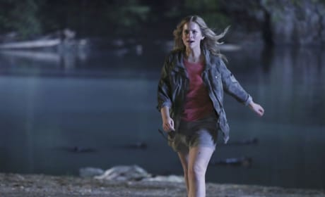 Hide And Seek - Dead of Summer Season 1 Episode 10