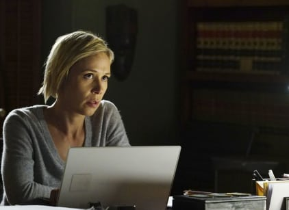 Watch How to Get Away with Murder Season 3 Episode 8 Online