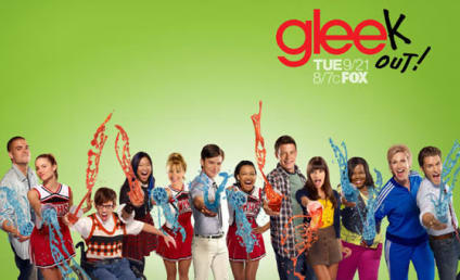 Glee Season Two Poster: Gleek Out... with Slushees!