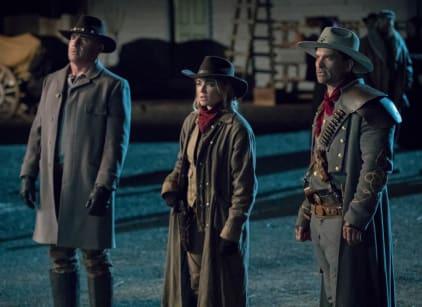 Watch DC's Legends of Tomorrow Season 3 Episode 18 Online