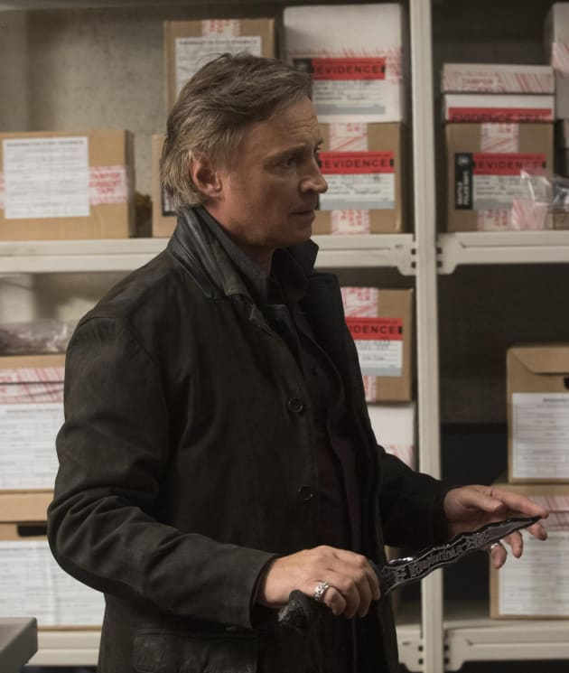 Rumple Returns - Once Upon a Time Season 7 Episode 10