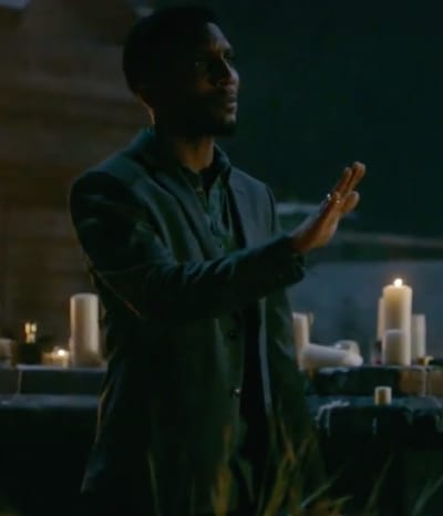 Vincent Is Ready for War - The Originals