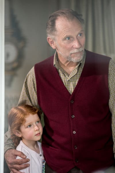 Hobb and His Granddaughter - Humans Season 2 Episode 3