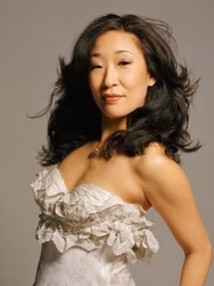 Sandra Oh: Fashionable as Always 1