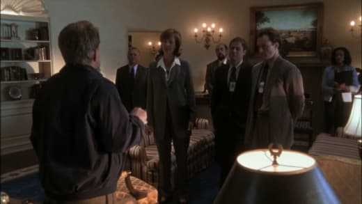 How Is the Ankle? - The West Wing Season 1 Episode 1