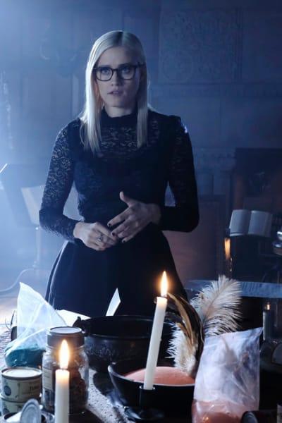 Alice in Mayakovsky's Office - The Magicians Season 4 Episode 11