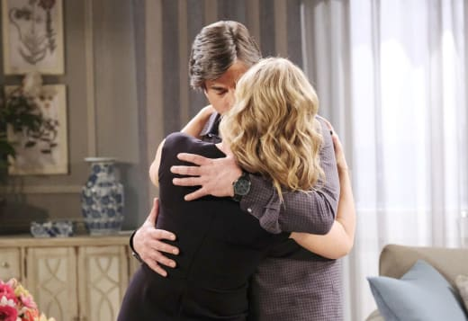 Marlena Catches Lumi - Days of Our Lives