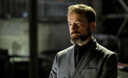 Watch Arrow Online: Season 6 Episode 2