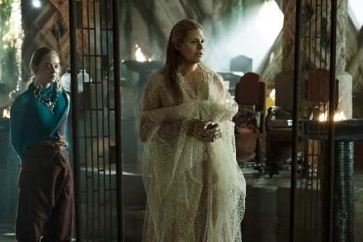 The Fairy Queen's Reckoning - The Magicians Season 3 Episode 7
