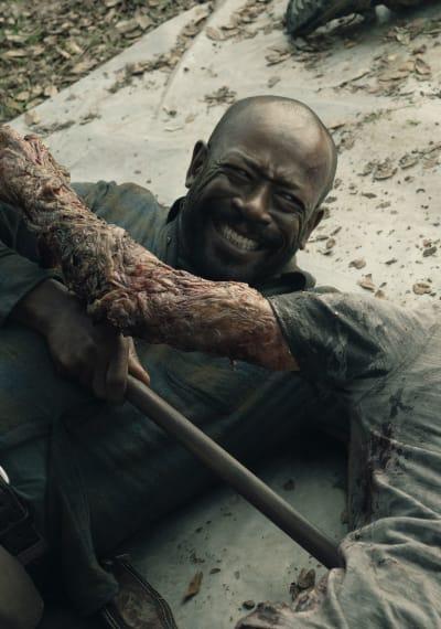 Fighting a Radiated Zombie - Fear the Walking Dead Season 5 Episode 2