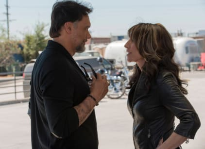Watch Sons of Anarchy Season 6 Episode 10 Online