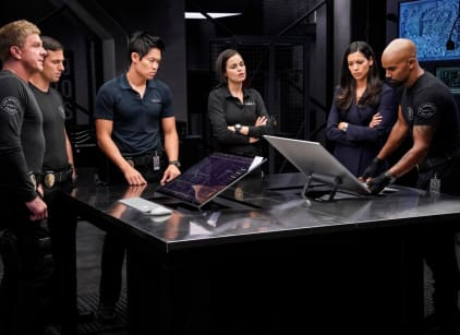 Watch S.W.A.T. Season 2 Episode 3 Online