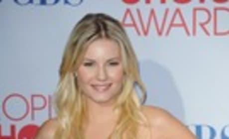 Elisha Cuthbert at the People's Choice Awards